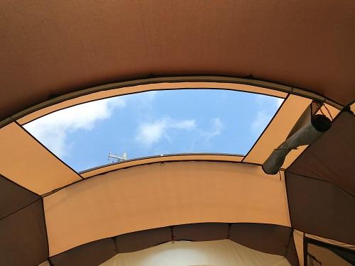 コクーンリビング天窓